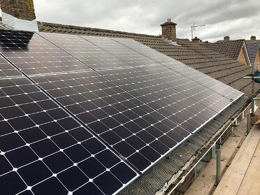 Weston-super-Mare, Somerset - 4.4 kWp (Sep '20)