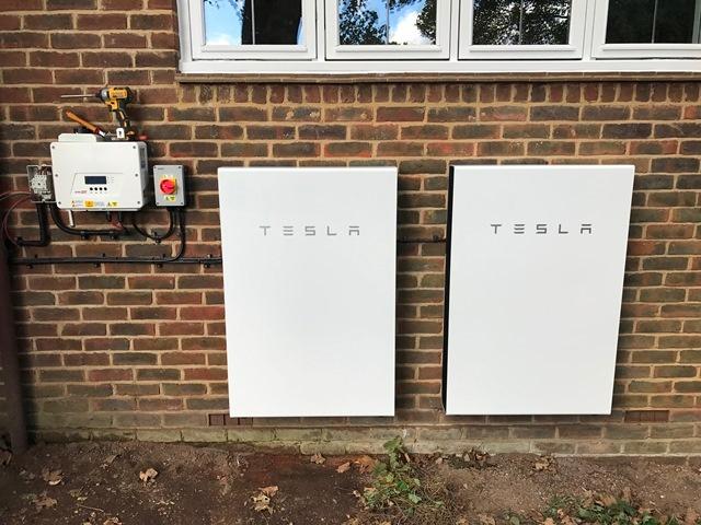 Hampshire - 2 x Tesla Powerwall 2 (27 kWh) (Oct '17)