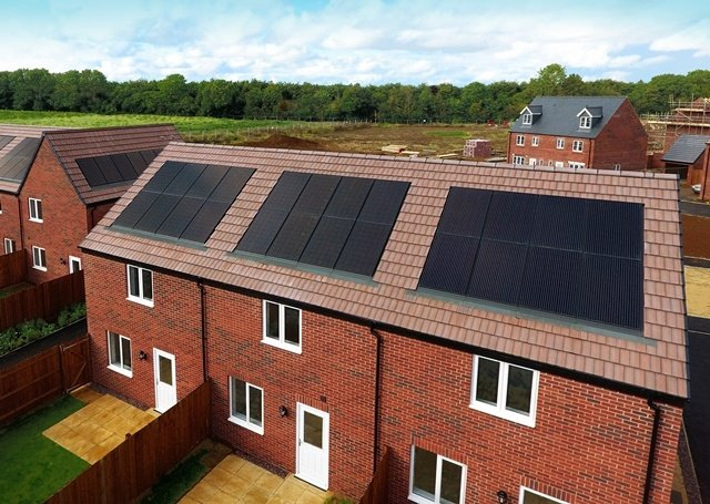 Viridian Solar Panels and the Benefits of In Roof PV